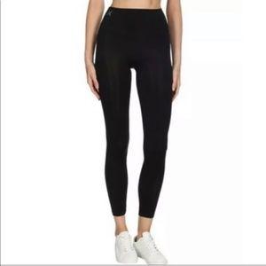YUMMIE black spandex, high waisted leggings